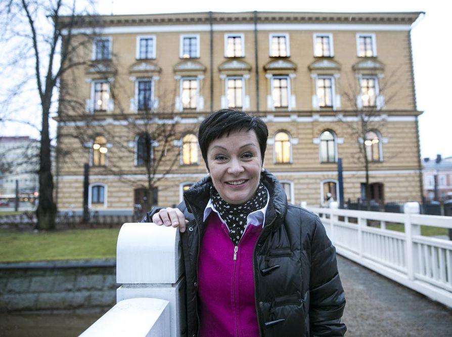 Keskustanaisten Oulun paikallisyhdistys esitti Riikka Moilasta ehdokkaaksi maaliskuussa.
