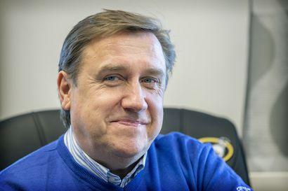 """Puheenaihe: Voiko AC Oulu saavuttaa pysyvän paikan jalkapallon eliitissä? Junno: """"On tehtävä sellaisia ratkaisuja, että pärjätään heti"""""""
