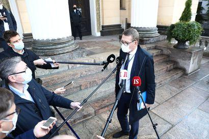 Hallitus kokoontui Säätytalolle puimaan lisätalousarviota – Vanhanen: Tänä vuonna on jouduttu tottumaan pistemäisiin lisätalousarvioihin tarpeen mukaan