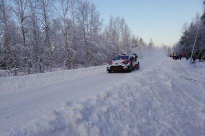 Kalle Rovanperä ylivoimaseen voittoon Arctic Lapland Rallyssa