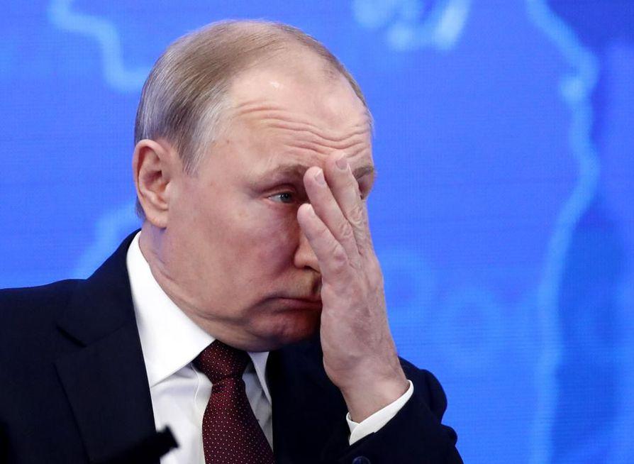 Putin menetti eläkeuudistuksen seurauksena jopa 15 miljoonan venäläisen tuen.