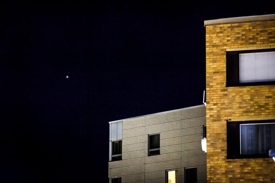 Venus loistaa iltataivaalla. Arkistokuva.