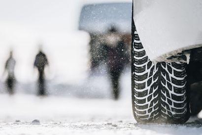 """Mitä talvikelillä tarkoitetaan? Kelpaavatko """"joka kauden"""" renkaat? – Tämä kaikki autoilijan on tiedettävä, kun talvirengaspakko lievenee"""