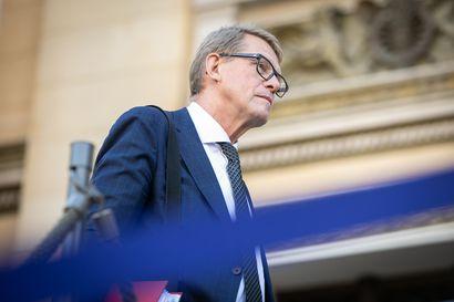 """Valtiovarainministeri Vanhanen: """"Budjettiin riittää valmisteltavaa"""" – esityksen ja toiveiden välillä miljardien kuilu"""