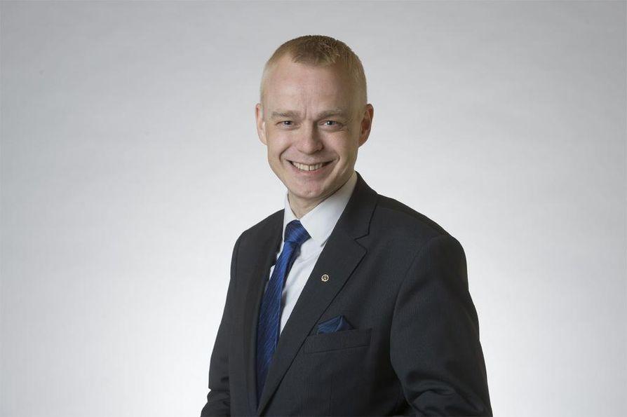 Kokoomuksen kansanedustaja ja puolustusvaliokunnan jäsen Timo Heinonen on tyytyväinen Suomen nykyiseen turvallisuuspoliittiseen linjaan.