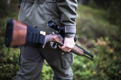 Metsähallitus ehdottaa metsästysrajoitusalueita Pohjois-Suomen suojelualueiden vilkkaimmilla retkeilykohteilla – Taustalla UK-kansallispuiston metsästyonnettomuus ja retkeilyn lisääntyminen