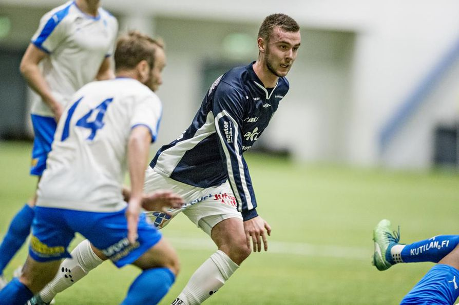 AC Oulun Daniel Rantanen oli näkyvässä roolissa kauden ensimmäisessä harjoitusottelussa. Keskikenttäpelaaja syötti oululaisten ainokaisen.