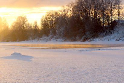 """Jäällä liikuttaessa on oltava nyt erityisen varovainen – """"Jäätä on muutamia senttejä keskimääräistä vähemmän"""""""