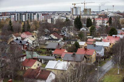 Karjasillalle kaavaillaan kahden vuoden rakennuskieltoa, suurin osa alueen taloista peräisin sodanjälkeiseltä jälleenrakennuskaudelta