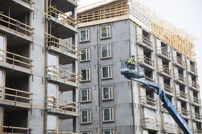 Rakentamisen alamäki tuplaantuu – alalta jää työttömäksi pahimmillaan 20 000 työntekijää