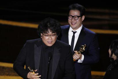 Eteläkorealainen Parasite teki Oscar-historiaa ja keräsi samalla eniten palkintoja – Pääosa-Oscarit menivät Joaquin Phoenixille ja Renee Zellwegerille