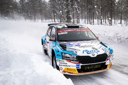 """Teemu Asunmaa voitti WRC3-luokan - """"Hieno fiilis, ensimmäinen luokkavoitto MM-sarjassa"""""""