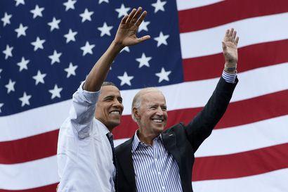 Barack Obama järjesti itselleen näyttävän puheenvuoron muistelmiensa julkistamisella – ja nyt hän hyödyntää täysillä ajoituksen
