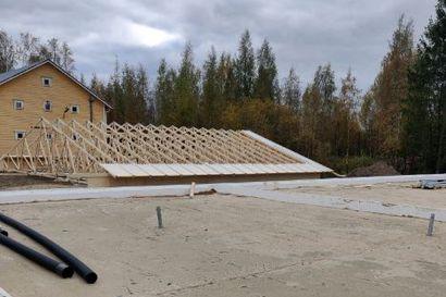 Tuomiojan Nuorisoseuran monitoimitalon rakennustyöt hyvässä vauhdissa