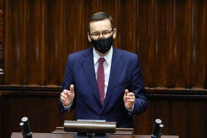 Analyysi: Puola ja Unkari käyvät kovaa peliä EU:n koronarahoista – Tämän takia ne ovat kiistassa heikoilla