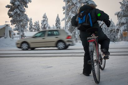 Polkupyöräily lisääntyy hyvien kelien myötä – Liikenneyksikön johtaja komisario Pasi Rissanen kertaa väistämissääntöjä