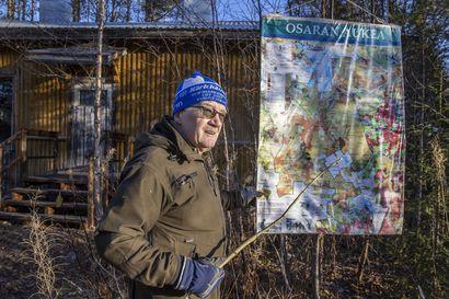 Maailma näytti lohduttomalta, poltetulta kuumaisemalta Suomen suurimmalla avohakkuualueella vuosikymmeniä sitten–nyt Osaran aukeiden metsät ovat kasvaneet takaisin, ja avohakkuita tehdään uudestaan