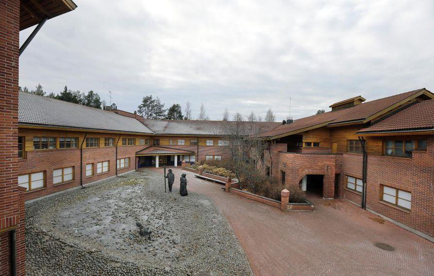Oulunsalon kunnantalolle ei ole löytynyt käyttöä.