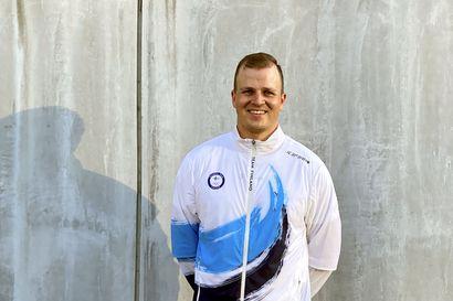 Antti Vikström on ampunut lapsuudenkotinsa pihalla Oulaisissa satojatuhansia nuolia kuusivuotiaasta lähtien – Nyt hän on olympiaedustaja isänsä tavoin