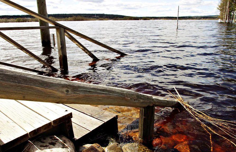 Ounasjoki  toukokuu 2005, tulva