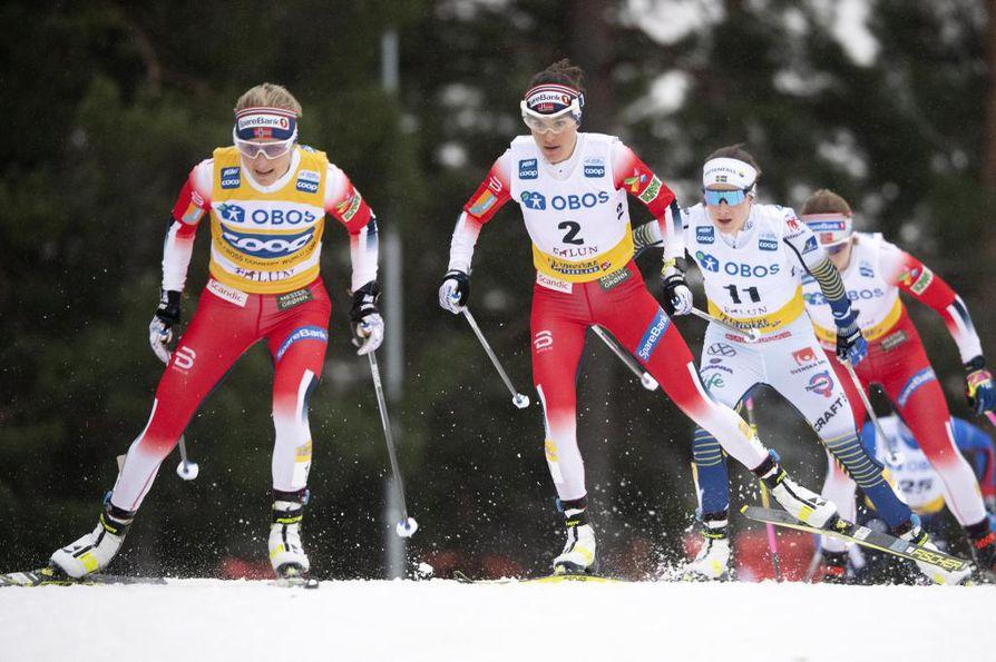 Norjan Therese Johaug (kesk.) ja muu Norjan joukkue saivat ensiluokkaista majoitusta Åressa.