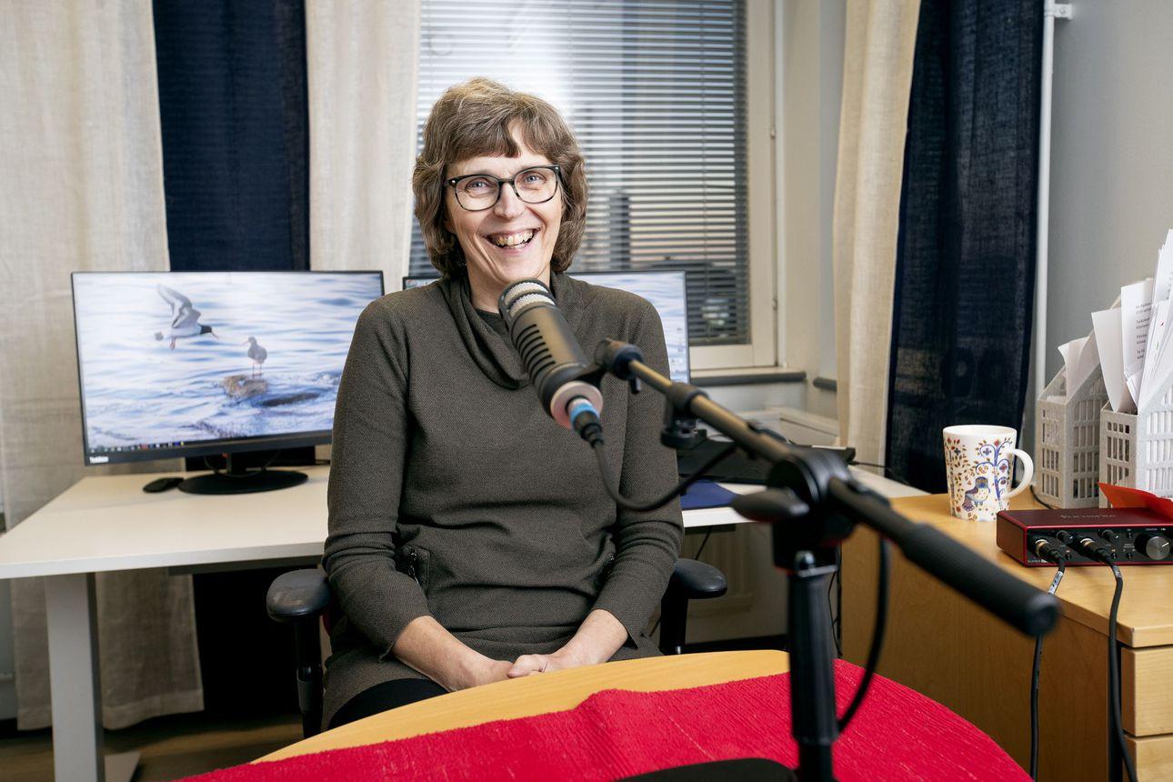 """Marja-Liisa Karjula viitoittaa tietä hyvään vanhuuteen: """"Elämä jatkuu muistisairaudenkin kanssa"""" –Kuuntele podcast"""