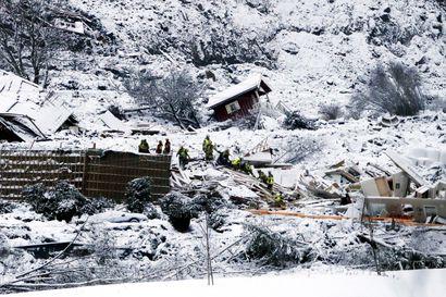 Yhdeksän ihmistä edelleen kateissa Norjan maanvyöryn vuoksi – kadonneiden joukossa 2- ja 13-vuotiaat lapset