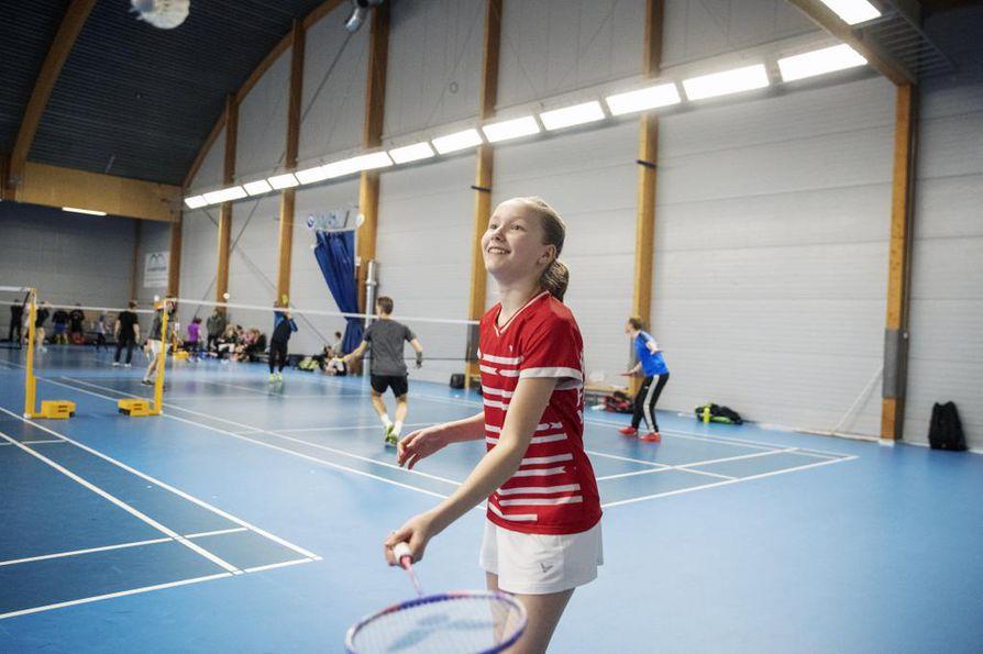 Nella Nyqvist on 13-vuotias, mutta syksyllä 2021 on  tavoitteena 17-vuotiaiden EM-kisat. Reilu viikko sitten tyttö voitti alle 15-vuotiaiden EM-kultaa.