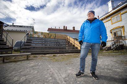 Keräys Raahen teatterin ulkokatsomon kattamista varten tuotti reilut 14000 euroa