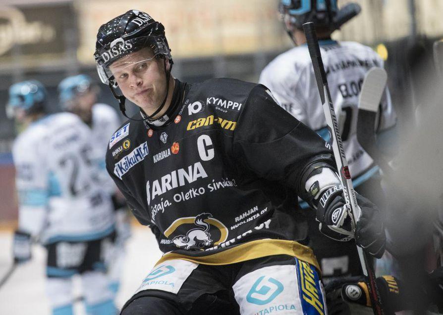 Lasse Kukkonen on joukkueen tuki ja turva.
