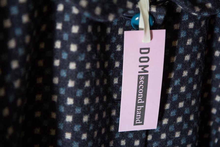 Käyttöiän pidentäminen pienentää vaatteen hiilijalanjälkeä.