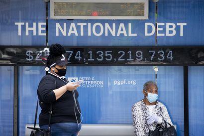 Koronaviruskuolemien määrä ylitti Yhdysvalloissa sadantuhannen rajan