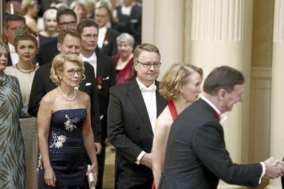 Yle: Tasavallan presidentin kanslia harkitsee Linnan juhlien vaihtoehtoisia järjestämistapoja