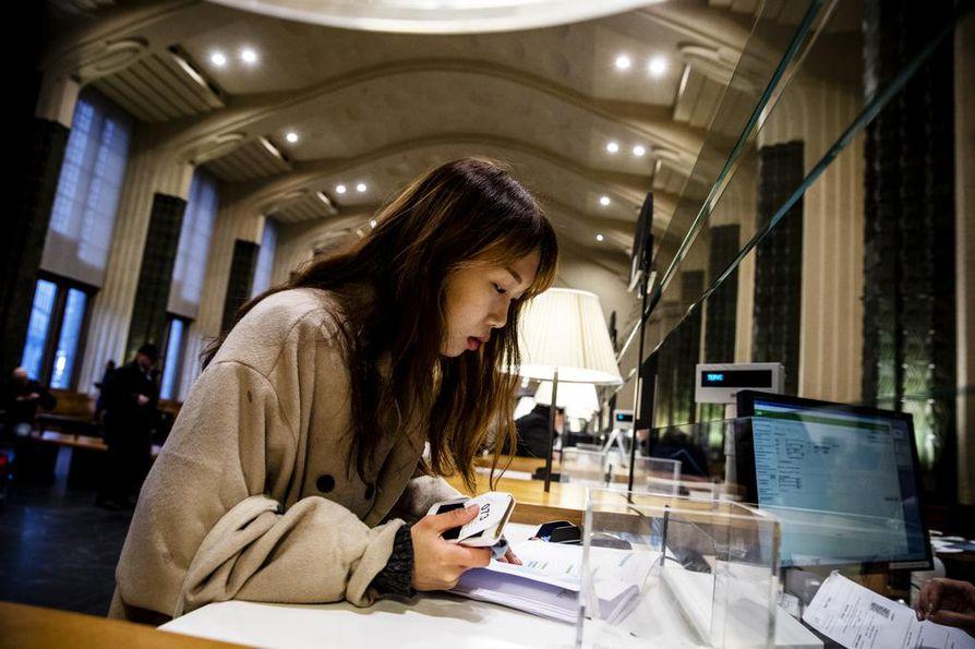 Suomessa ensi kertaa vieraileva eteläkorealainen Eun Sol Huang matkustaa Pohjoismaissa itsekseen 20 päivän ajan.