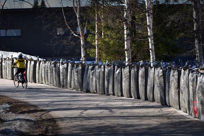 Rovaniemen Saarenkylään lisää tulvavalleja –ne eivät silti poista kiinteistönomistajien vastuuta hoitaa oma tulvasuojaus