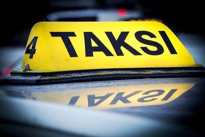 Lukijalta: Työkaluja taksialan korjaussarjaan