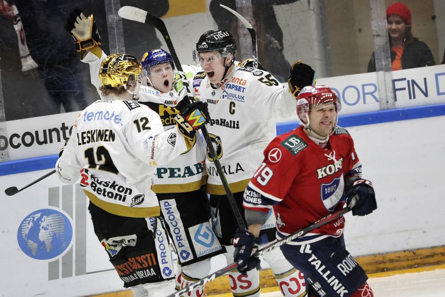 Aleksi Heponiemi tuuletti maalia kaksi kertaa illan aikana.