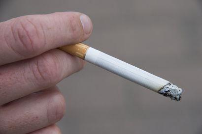 Joka neljäs savuke on mentolia, mutta nyt sen röyhyttely loppuu – keskiviikkona tulee voimaan myös muita kieltoja