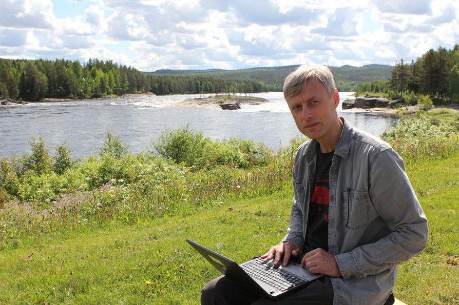 Tornionjoen lohen ongelmat ovat erikoistutkija Atso Romakkaniemen mukaan vaikeasti selvitettäviä.