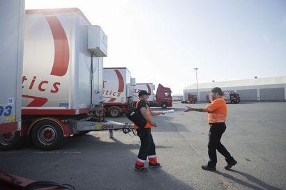 """Oululainen Vähälä Yhtiöt myytiin saksalaiselle kuljetusjätille – """"Luultavasti ajan saatossa vanhat logot häviävät"""""""