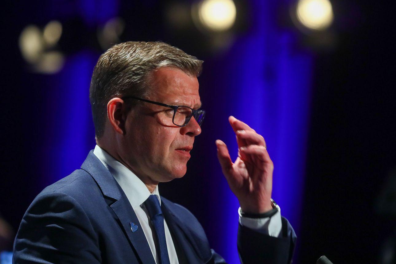 IS: Sydänkohtauksesta toipuva Petteri Orpo väläyttää hallitusyhteistyötä perussuomalaisten kanssa