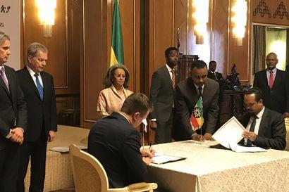 Toimittajamme Etiopiassa: Rauhannobelisti, pääministeri Abiy Ahmed otti Niinistön vastaan virka-asunnossaan