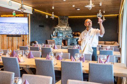 """Lumi Resort tarjoaa kokous- ja juhlapalvelut luonnon rauhassa – """"Ravintolatason illallisen saa tilattua nyt myös kotiin"""""""