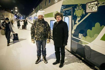 Karvalakkilähetystö lähti vaelluskalojen puolesta Helsinkiin vaatimaan vastuunkantoa
