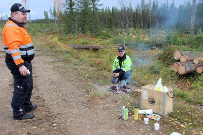 Alatalon metsäkoneyhtiö kahdessa polvessa – Esa hyppäsi moton ohjaimiin yläasteen jälkeen