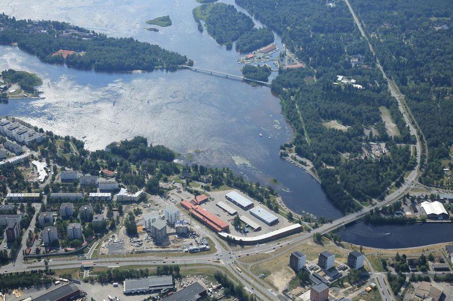 Oulun tuleva asuntomessualue sijoittuu Hartaanselän rannoille Toppilansalmen suun molemmille puolelle. Kaukana ei ole Toppilan asuntomessualue vuodelta 2005.