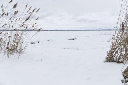 Meri Oulun edustalla on jäässä, mutta ulkoilijan on silti syytä olla tarkkana – muistathan nämä asiat, kun lähdet jäälle