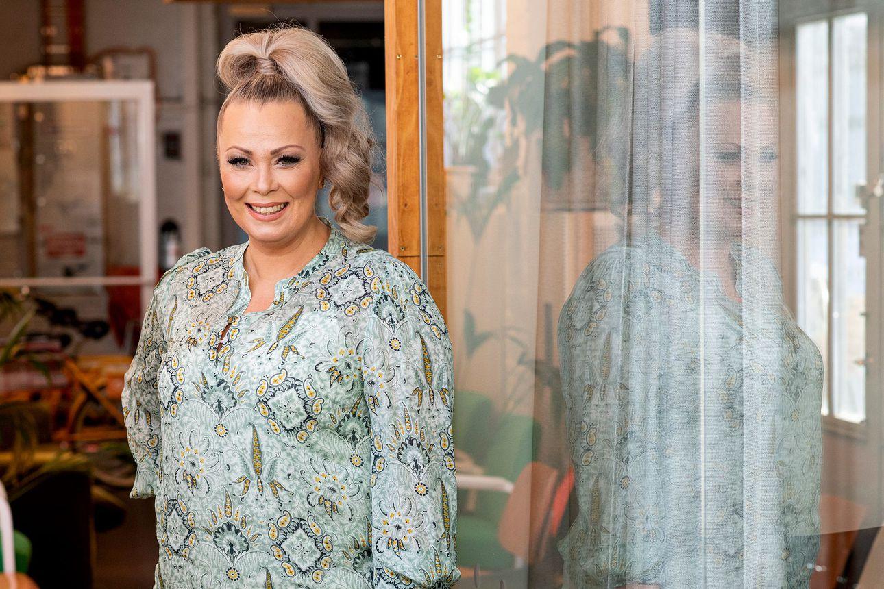 Johanna Pakonen lähti haastamaan itseään tänään starttaavaan Selviytyjät-ohjelmaan – haasteita on riittänyt myös siviilielämässä