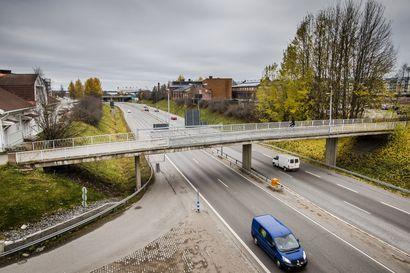 Lukijalta: Tehdään Rovaniemelle sateenkaarisilta
