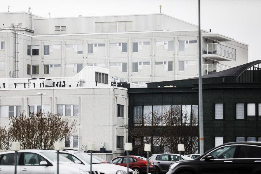 Suomen ensimmäinen varmistettu Wuhanin koronaviruspotilas on eristyksissä Lapin keskussairaalassa Rovaniemellä.